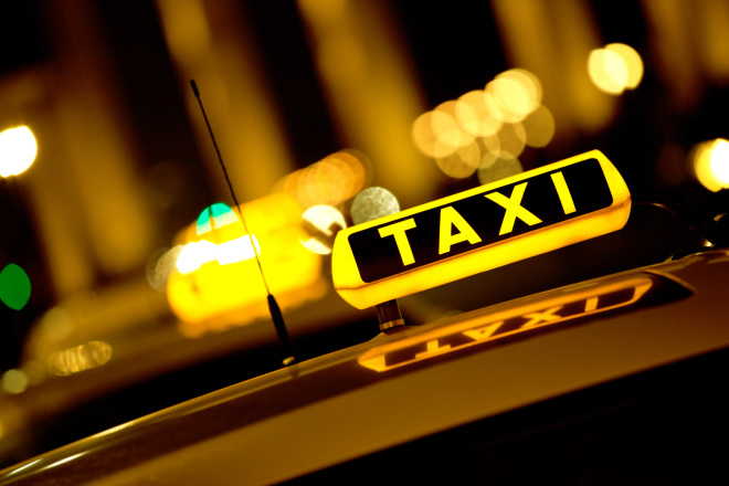set taxi fares at yvr airport